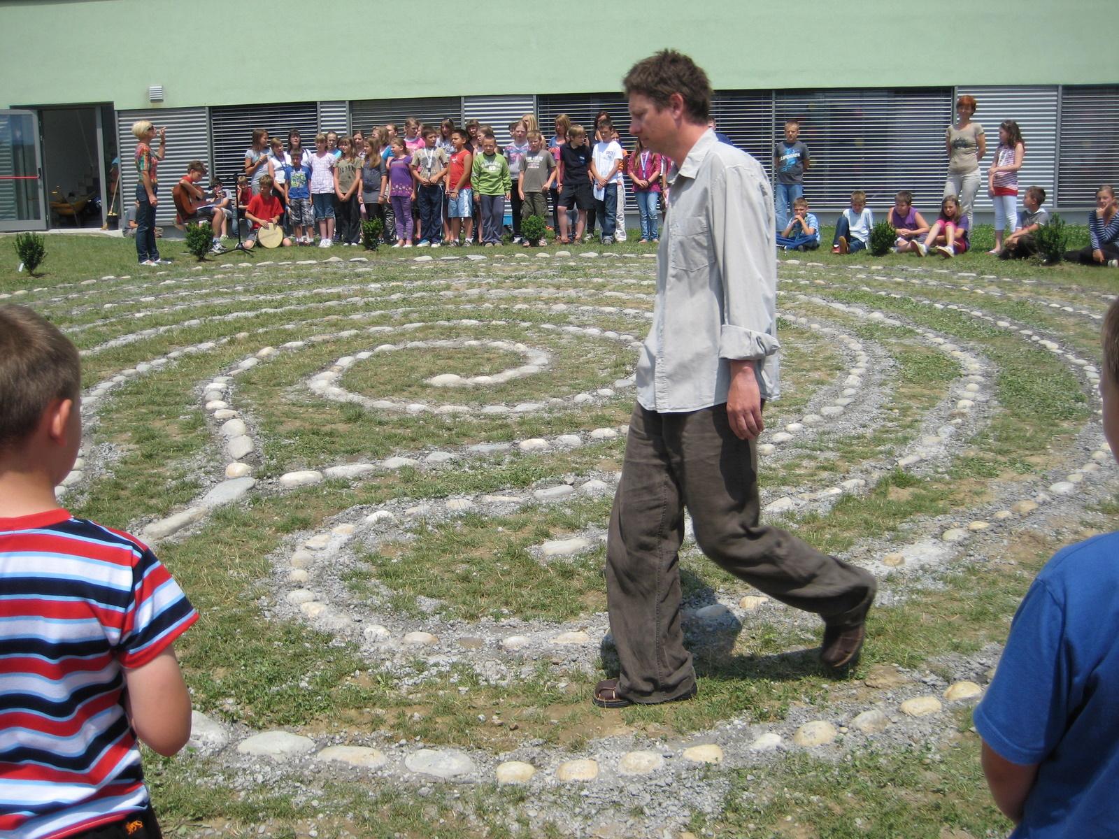 Prolazak kroz labirint