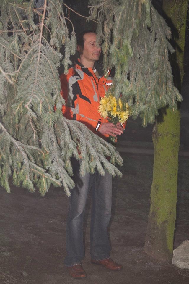 Zvonimir i žuto cvijeće