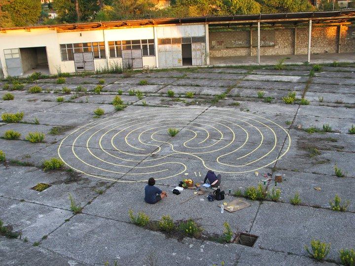 labirint moći