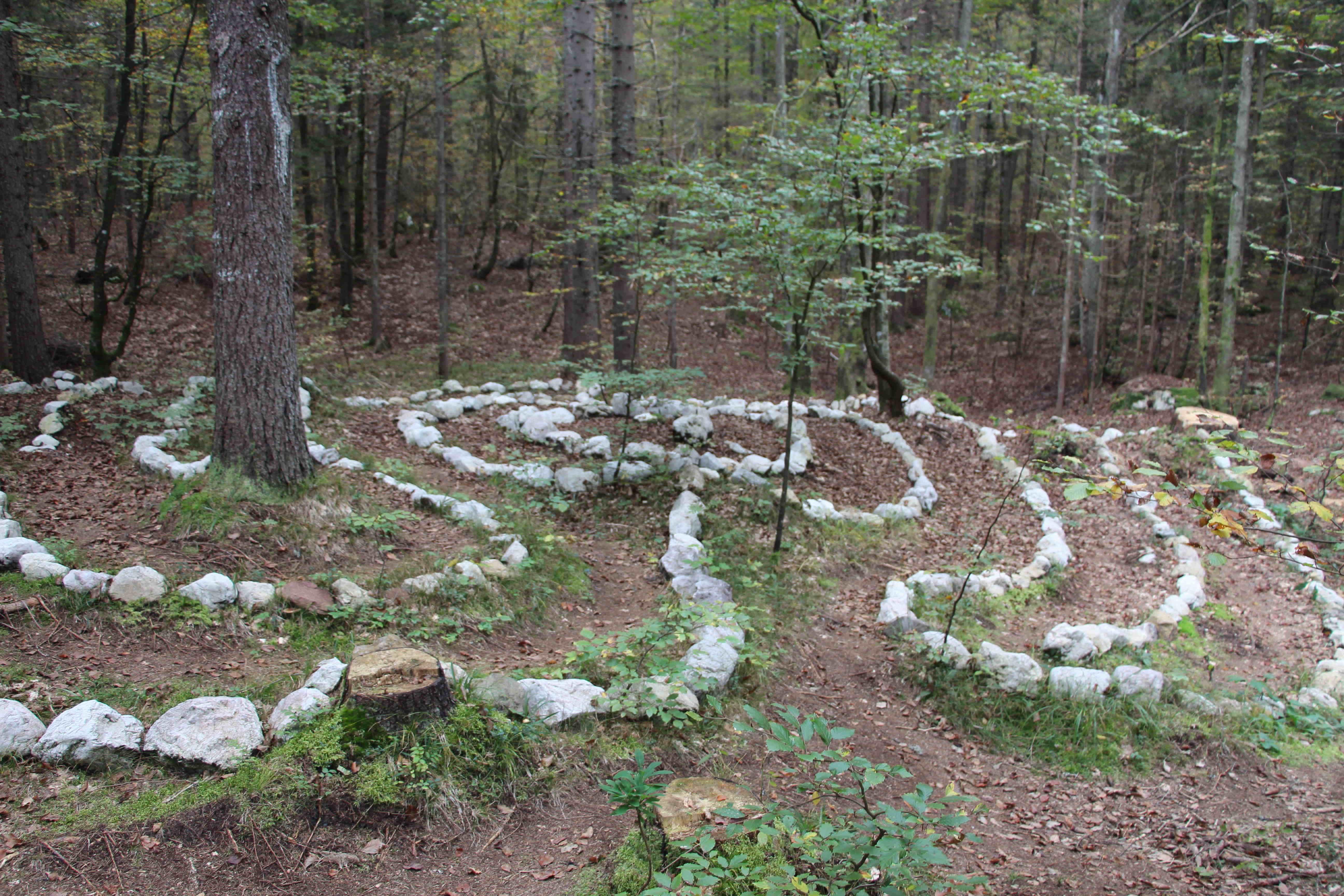 2 - labirint ljubavi i stvaralalštva