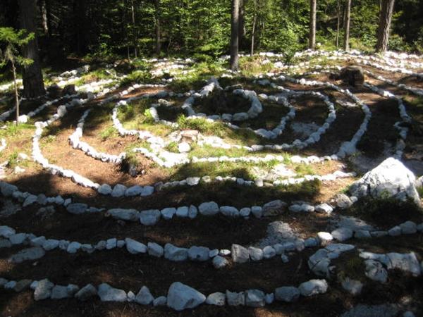 7-labirint-zivota-i-smrti